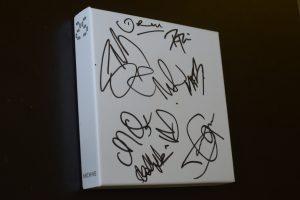 Archive - Album 25 dédicacé par tout le groupe
