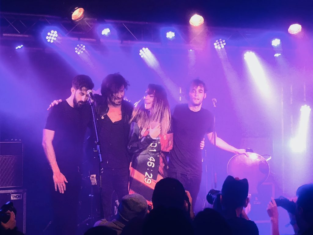 le groupe Bandit Bandit, sur la scène de le Boule Noire, pour le Mama festival 2019.